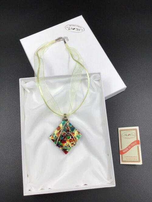 Girocollo in vetro di Murano fatto a mano